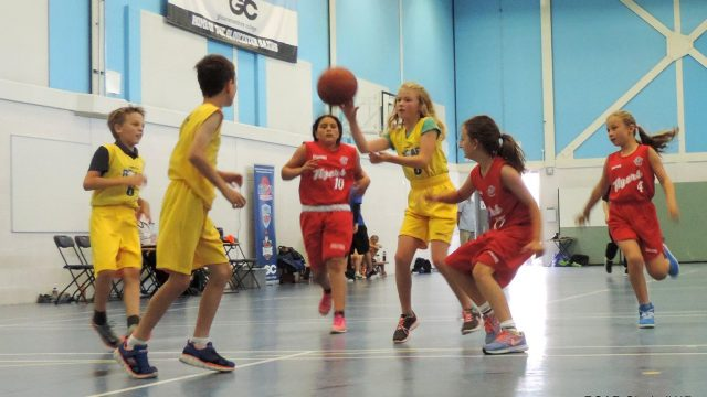 Roar Basketball Herefordshire Filton Flyers girls